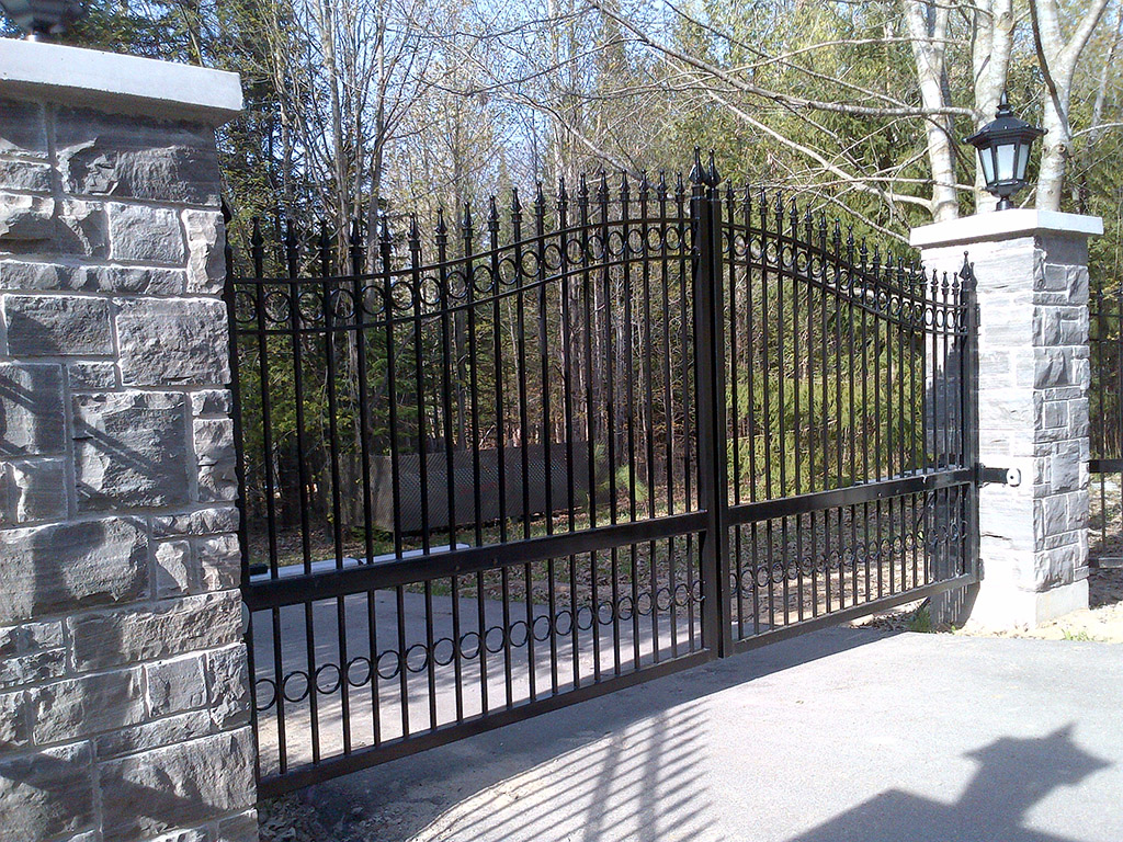 driveway-gates-bc-85